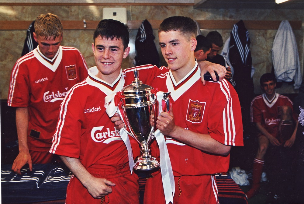 Photograph of Liverpool FC winning the FA Youth Cup